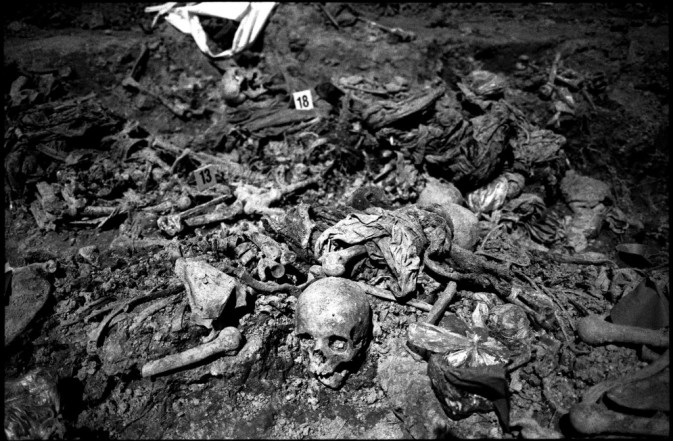 bosnia-bones.b-w-1024x672
